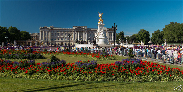 Buckingham Palace - Photo Credits by Oleg Broyko on Flickr - Licenza Creative Commons al momento dell'utilizzo