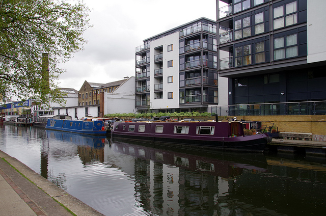 Canal Haggerston-Islington - Photo by Donald Judge on Flickr - Licenza Creative Commons al momento dell'utilizzo