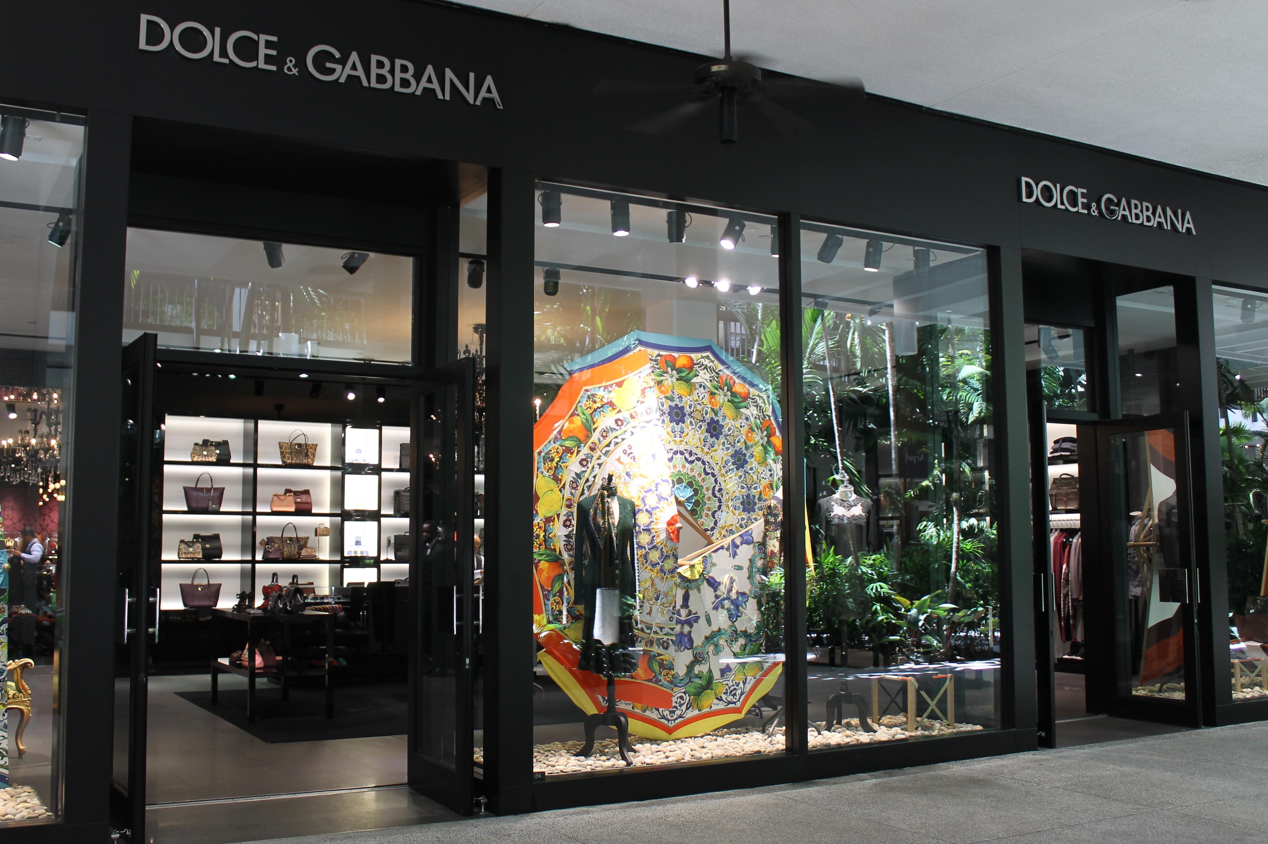 Italian man fashion brands Dolce Gabbana
