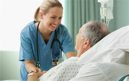 Lavoro infermieri Inghilterra: le competenze sono ripagate