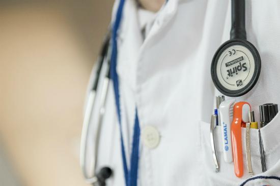 Lavoro medici estero: come trovarlo e come specializzarsi?