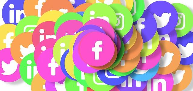 social media marketing specialist