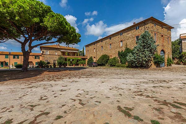 Property on sale in Tuscany